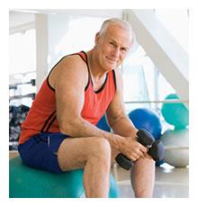 Idoso com osteoporose deve fazer musculação