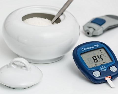 Idoso com diabetes
