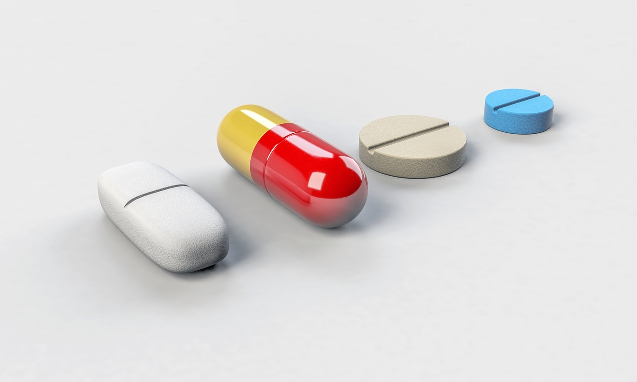 Idoso deve organizar a poli farmácia