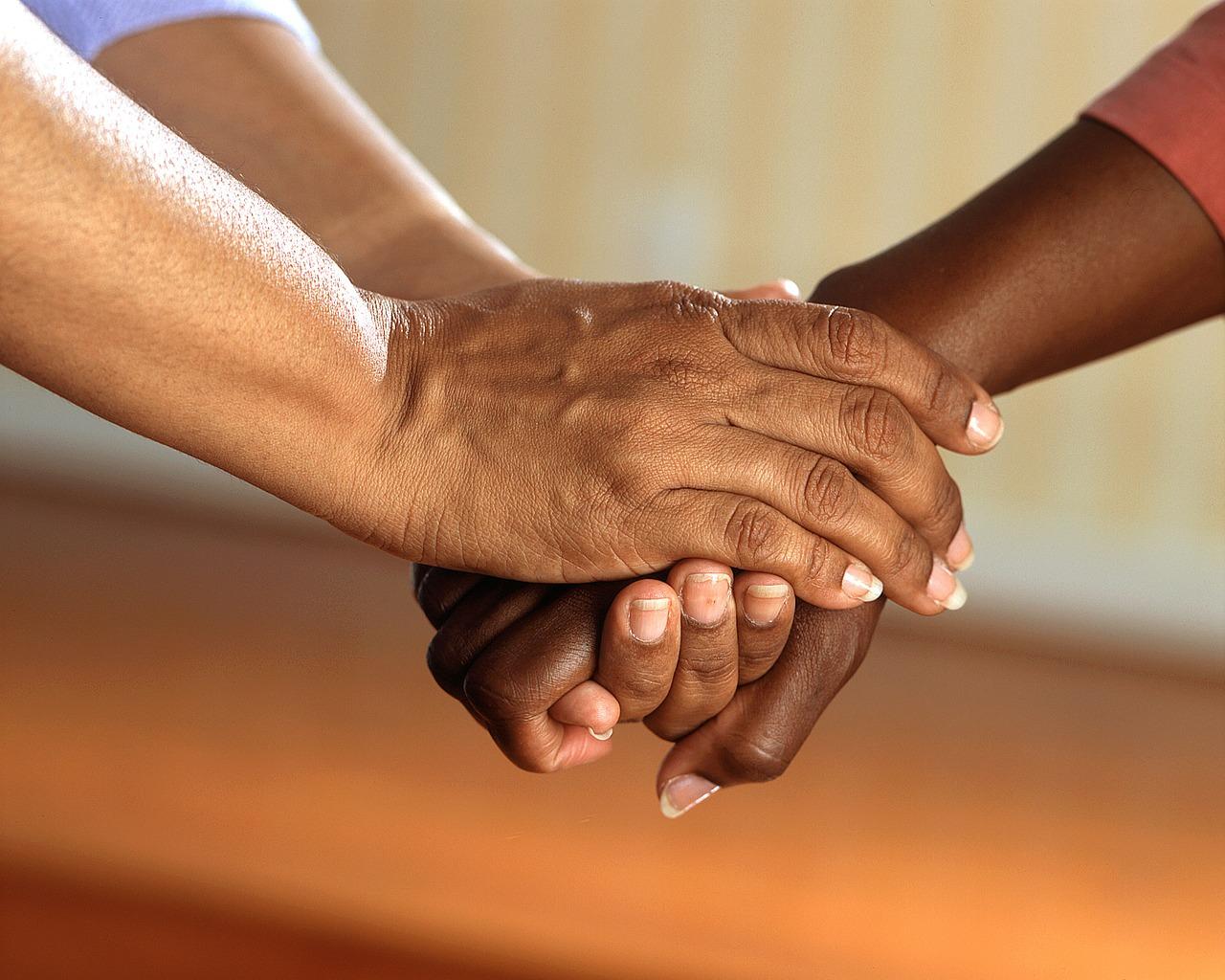 Cuidados para o cuidador familiar de idosos