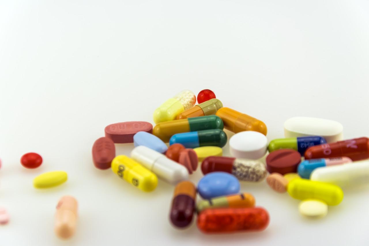 Idoso e o acesso à Política Nacional de Medicamentos.