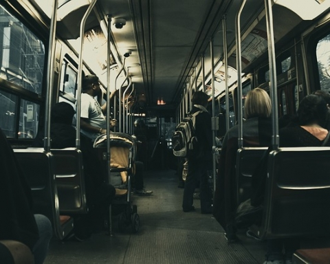 Fora dos Pontos de Ônibus